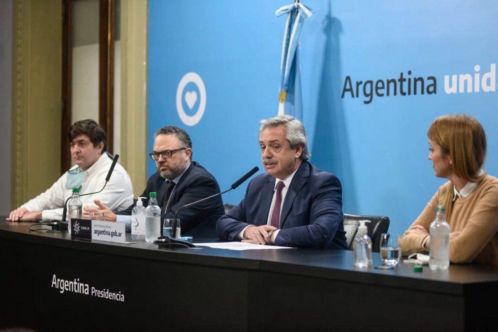 Cuando Alberto presentó la expropiación de Vicentin, en 2020, junto a Kulfas y Fernández Sagasti. (Foto: oficial)