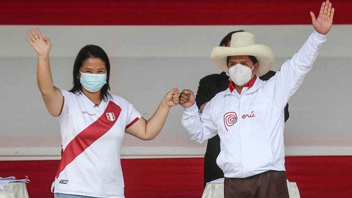 Elecciones en Perú: arrancó el escrutinio y habría empate estadístico entre Fujimori y Castillo