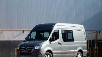 Mercedes-Benz suma versiones al Sprinter y aumenta su garantía